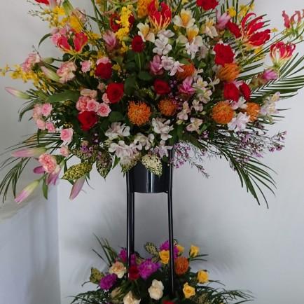 豊中市へ開設祝いのスタンド花